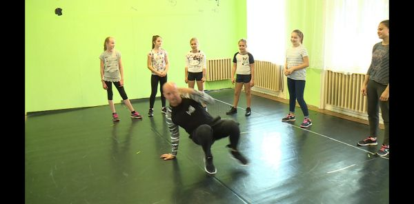 Csornán is oktat a kapuvári Movement Dance School